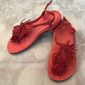 Vionic OrthoHeel Sosha Fringed Sandals In Coral